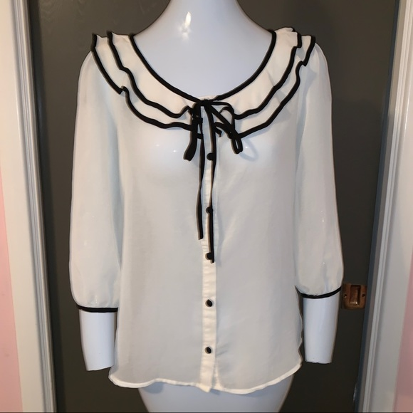 Forever 21 Tops - White top